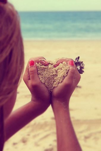 Cute Picture If The Man Held The Sand Heart In His Hands Like That And Then The Girl Stood In The Distance, But You Could Still See Her. Now That Would Be A Cute Engagement Picture. Comment Or Like If U Agree With Me.