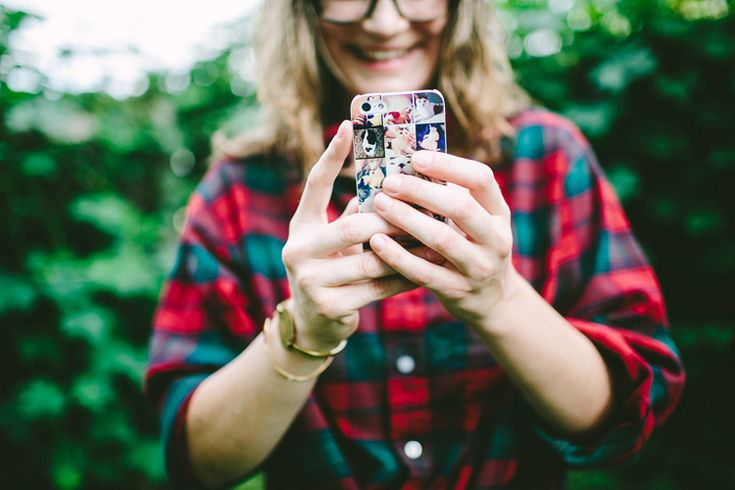 enter to win a custom phone case from Casetagram