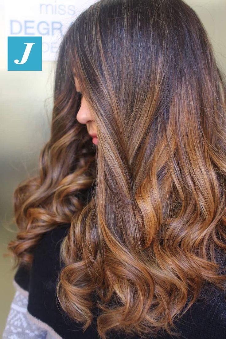 E tu che Degradé Joelle sei? #cdj #degradejoelle #tagliopuntearia #degradé #igers #musthave #hair #hairstyle #haircolour #longhair #ootd #hairfashion #madeinitaly #wellastudionyc