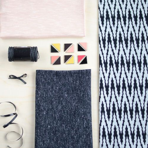 VIRTA jersey, Light Melange Gray - Black| New NOSH fabric collection for Winter 2016! Get inspired from polar bears and pastel colors. Shop this new fabric collection at en.nosh.fi