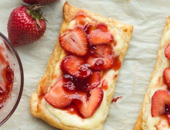 Vous avez le goût d'une bonne danoise ou d'un dessert feuilleté pour l'été? Cette recette est super facile à faire