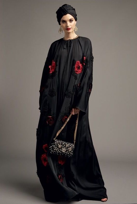 Dolce&Gabbana Abaya Collection Spring 2017