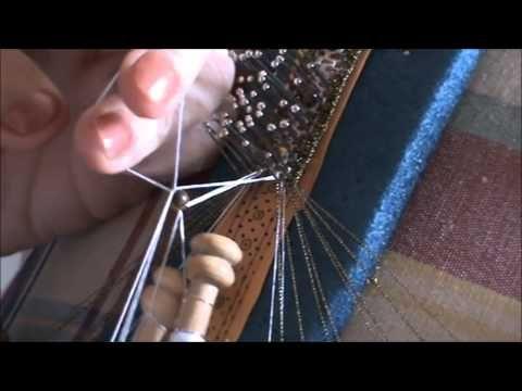 Tutorial encaje de bolillos: el pie (1ª parte) | Aprender manualidades es facilisimo.com