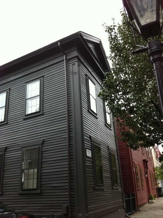 25 best ideas about federal style house on pinterest colonial house remodel traditional for Federal style home exterior paint colors