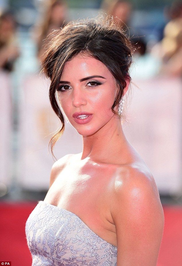 68 best Lucy Mecklenburgh images on Pinterest | Tuesday, Daily mail ...
