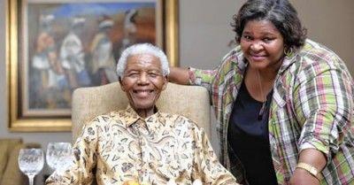 Sweet Chicken – Photo: Nelson Mandela with personal chef Xoliswa Ndoyiya.