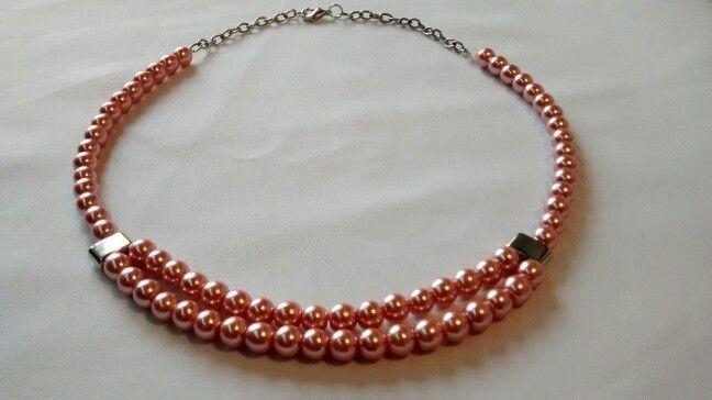 Collar perlas rosadas. Facebook: Quiquen cosas lindas.  E-mail: quiquen_yo@yahoo.com.ar