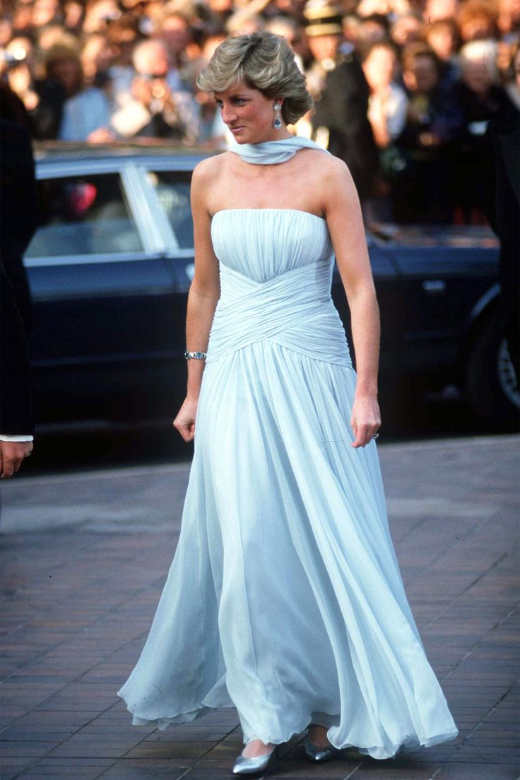 83 best Royal Fashion images on Pinterest | Royal families ...