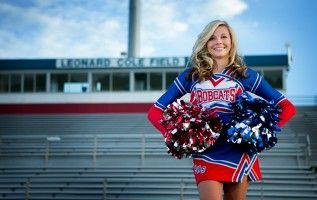 Love love love! Can't wait for my cheer pictures