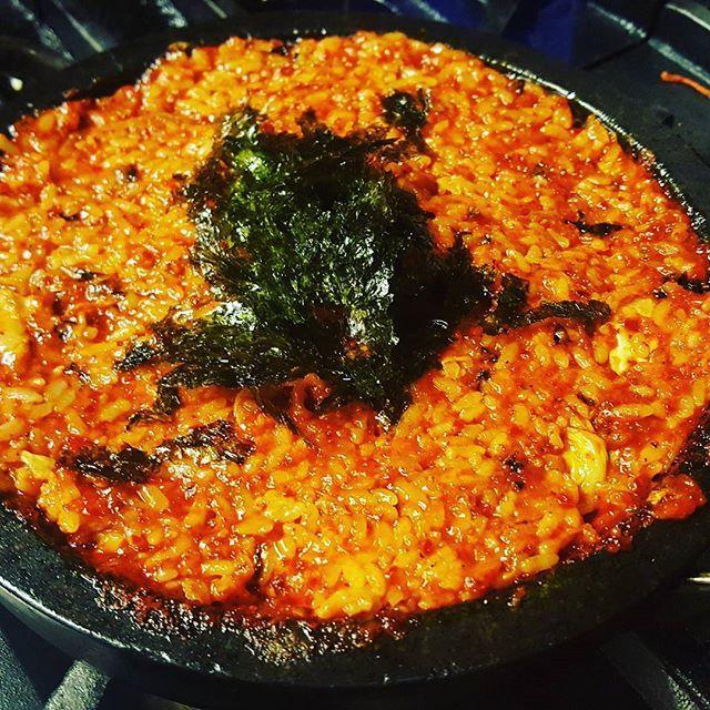 ごんばんわ♡ Cosariです。 今日はチーズタッカルビがどうですか? Cosariの特別なソースで作ったチーズタッカルビが待ちます。 안녕하세요♡ Cosari입니다. 오늘은 치즈닭갈비가 어떤가요? Cosari의 특별한 소스로 만든 치즈닭갈비가 기다립니다. #表参道 #団体 #韓国料理#肉 #記念日ディナー #個室ディナー #記念日 #デート #接待 #韓国料理 #肉 #記念日ディナー #ランチ #個室 #yakiniku #カクテル #生ビール #サムギョプサル #チーズダッカルビ #チヂミ #野菜ソムリエ #ハロウィン