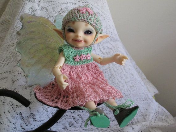 Crochet Dress, bloomers and hat outfit for Fairyland Realfee bjd  ball jointed doll. Real leather shoes.