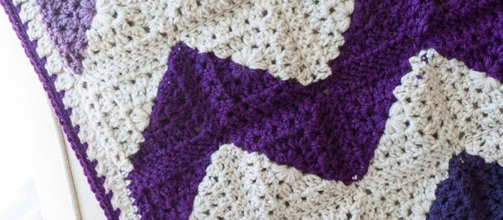 [Free Pattern] Insanely Clever Way To Make A Gorgeous Granny Squares Chevron Afghan - Knit And Crochet Daily