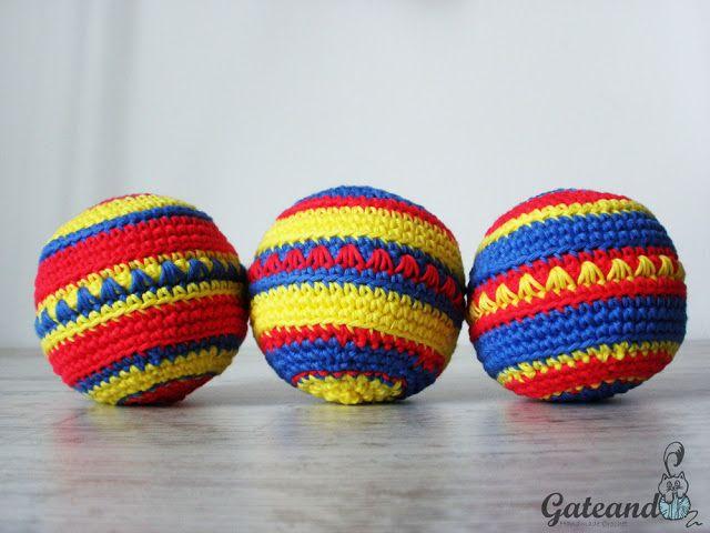 Free pattern crochet balls