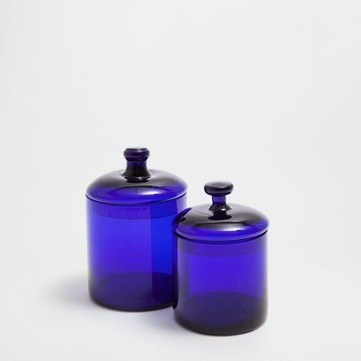 Image of the product Glass jar with blue lid