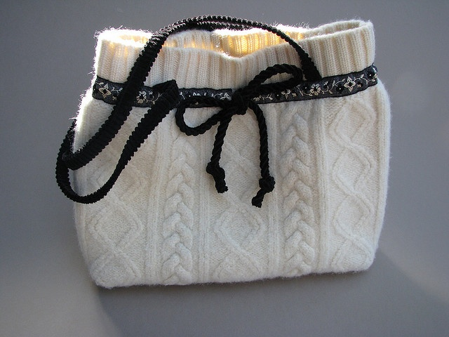 cute sweater purse: Vecchi Jeans, Pattern, Sweater Purse, Photo