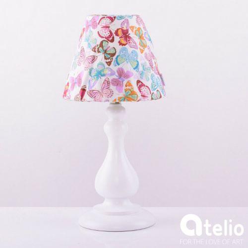Lampa z abażurem w motyle. MAIRO | atelio.pl #butterfly #decor #lamp #lampa #motyl #motyle #wzór #handmade