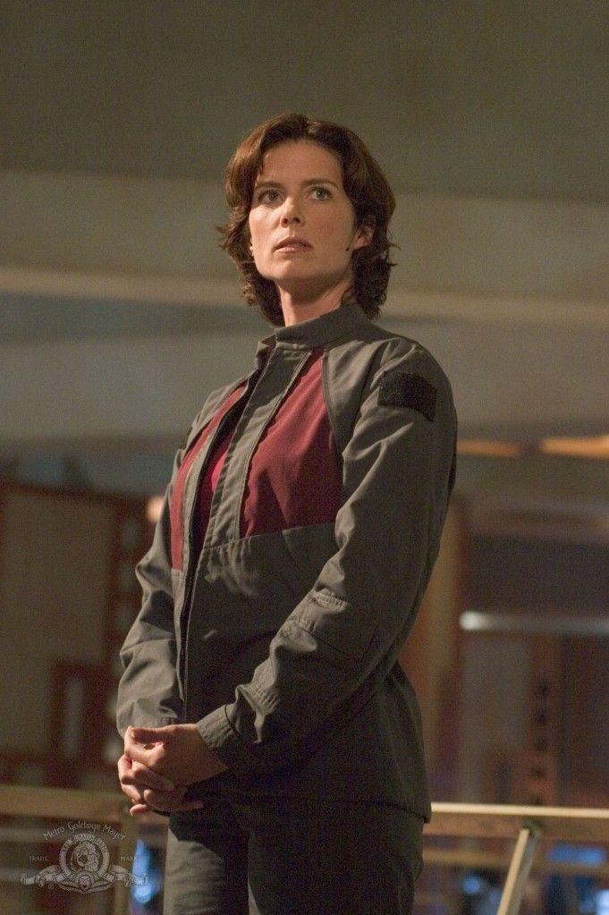 "Stargate Atlantis Season 1 Episode 20 - ""The Siege Part 2"""