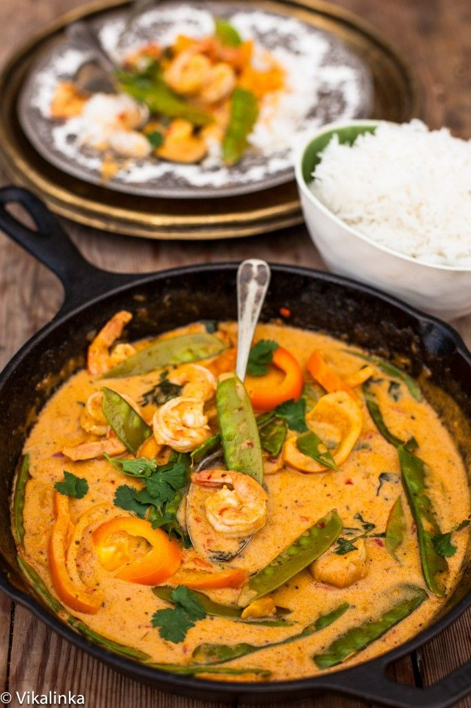 Thai Red Curry with Prawns and Snow Peas. This dinner is quick, delicious, light and a spicy-perfect for busy school nights!