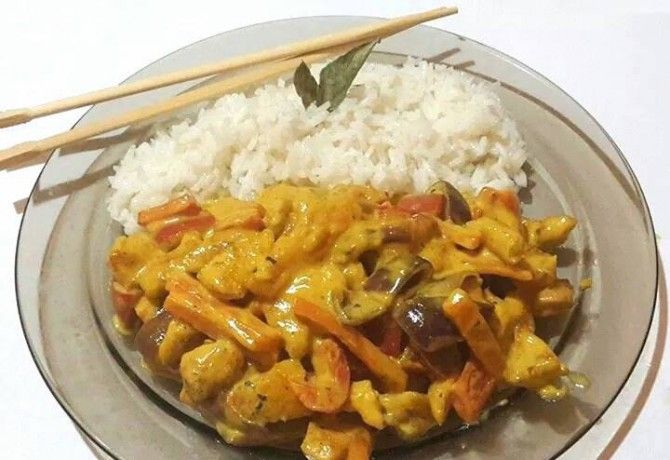 14 ínycsiklandó currys hús maximum 30 perc alatt