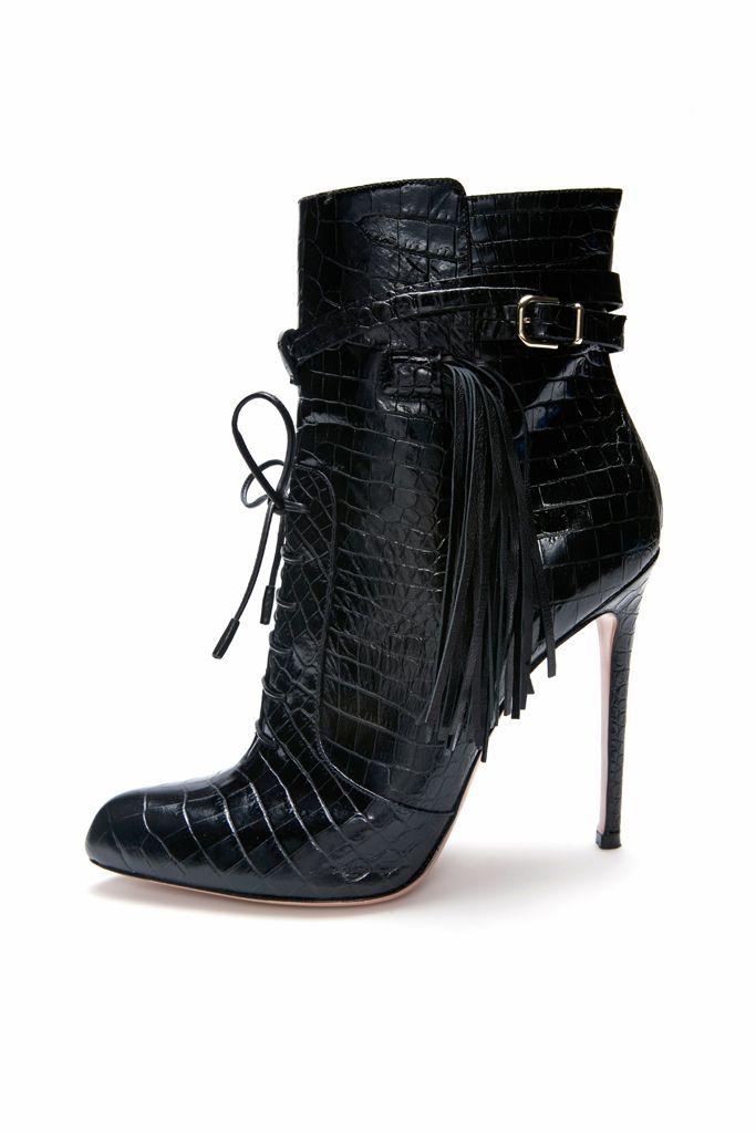 I <3 beautiful heels.