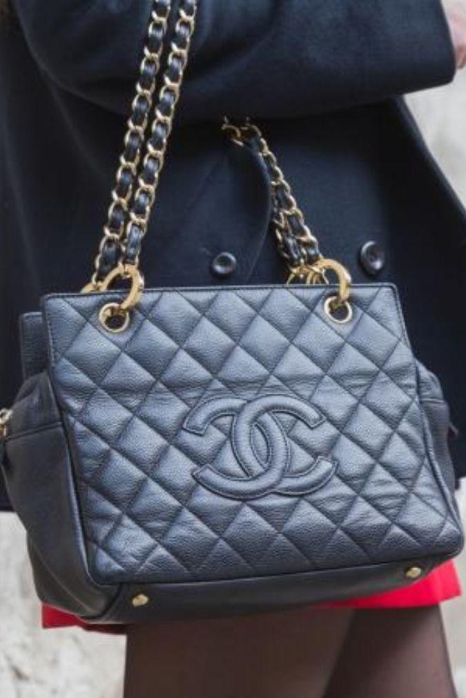٨ موديلات شنط شانيل عليك اقتنائها لإطلالة كلاسيكية في 2020 Shoulder Bag Chanel Classic Bags