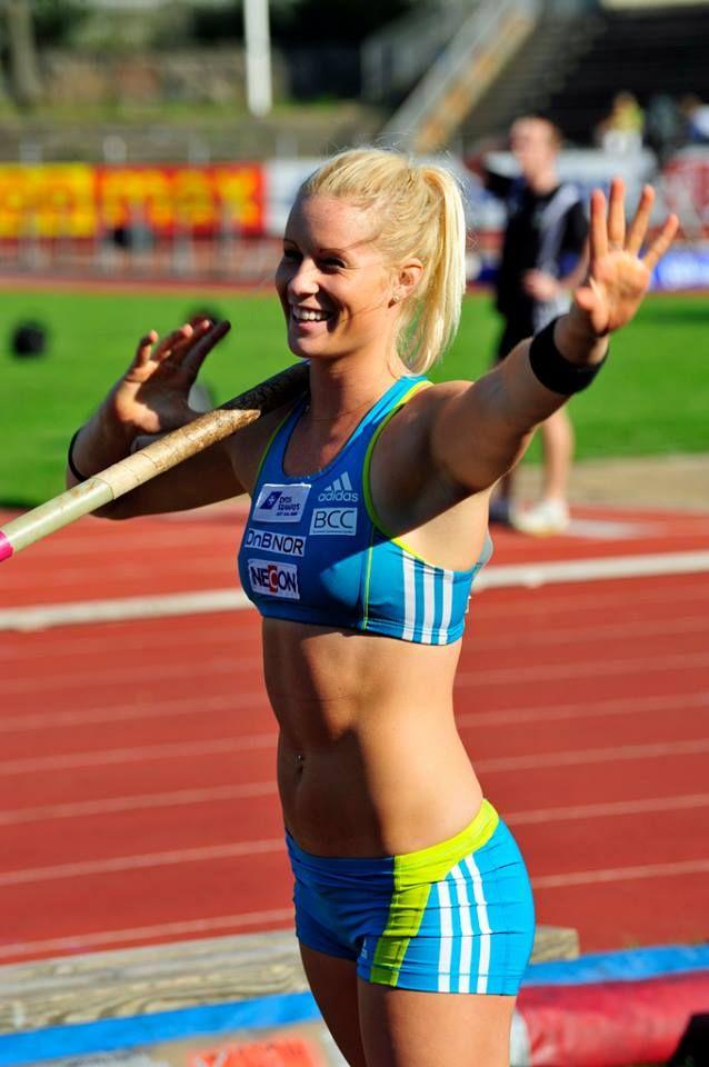 Norwegian Pole Vaulter Cathrine Lars 229 Sen Athletes