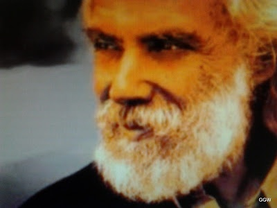 Global Greek World: Au revoir, Georges Moustaki... Ευχαριστούμε: Merci! http://globalgreekworld.blogspot.gr/2013/05/au-revoir-georges-moustaki-merci.html