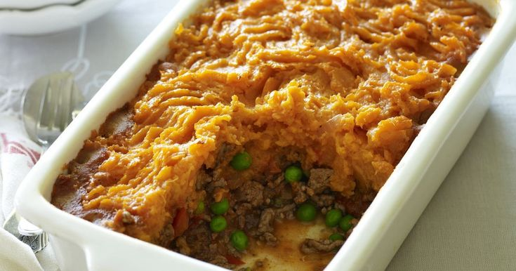 An easy-bake cottage pie of winter vegetables and minced beef.