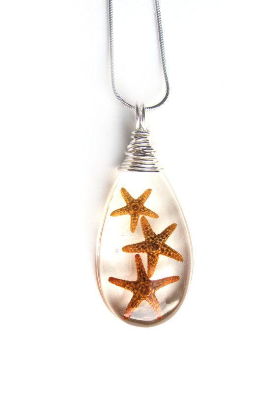 Real collar resina estrella de mar  tres estrellas por ScrappinCop