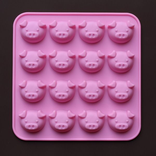 High Temperature Resistant Cute Pig Silicone Cake Mold
