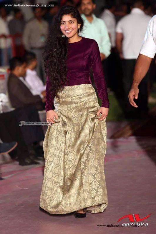 Sai Pallavi New Stills  Mollywood  Fashion, Beautiful