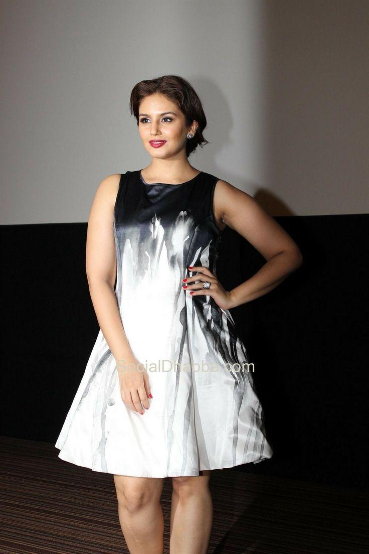 Madhuri Dixit, Arshad Warsi, Huma Qureshi at Film 'Dedh Ishqiya' First Look Launch  #bollywood #photos #top #latest #movies
