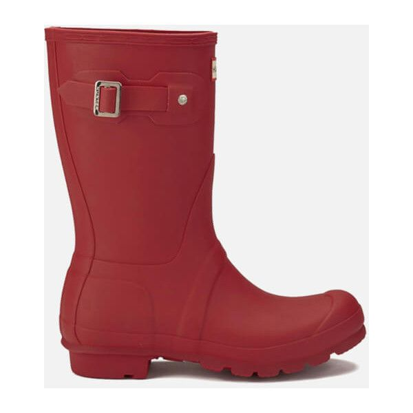 Hunter Women's Original Short Wellies - Military Red ($98) ❤ liked on Polyvore featuring shoes, boots, red, ankle boots, short rubber boots, red boots, rubber boots and waterproof ankle boots