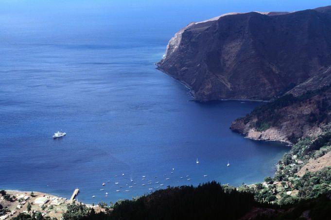 Looking over San Juan Bautista and Akademik Shuleykin - Isla Robinson Crusoe, Archipilego Juan Fernandex, Valparaiso, Chile