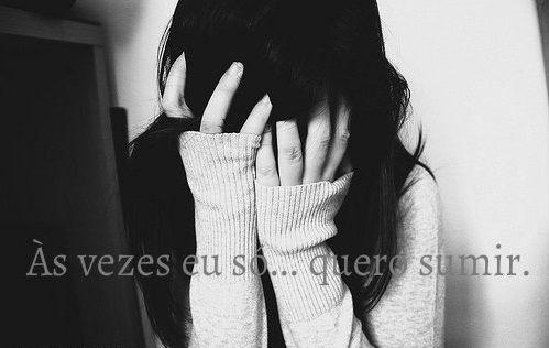 † Uma Garota Depressiva †