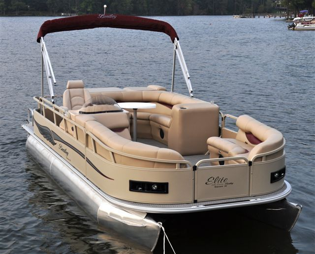 how to close in a pontoon boat