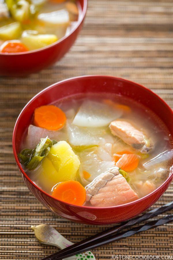 Sanpeijiru 三平汁 is a salt-flavor based soup popular in Hokkaido with salmon, potatoes, daikon radish, carrot, Negi, and Konnyaku cooked in kombu dashi broth. | Easy Japanese Recipes at JustOneCookbook.com