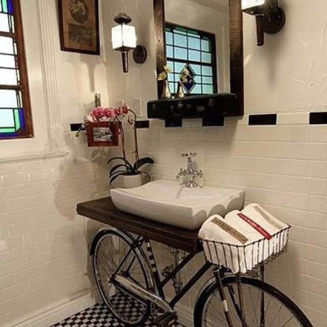 Decorate Super Old Kitchen Sink