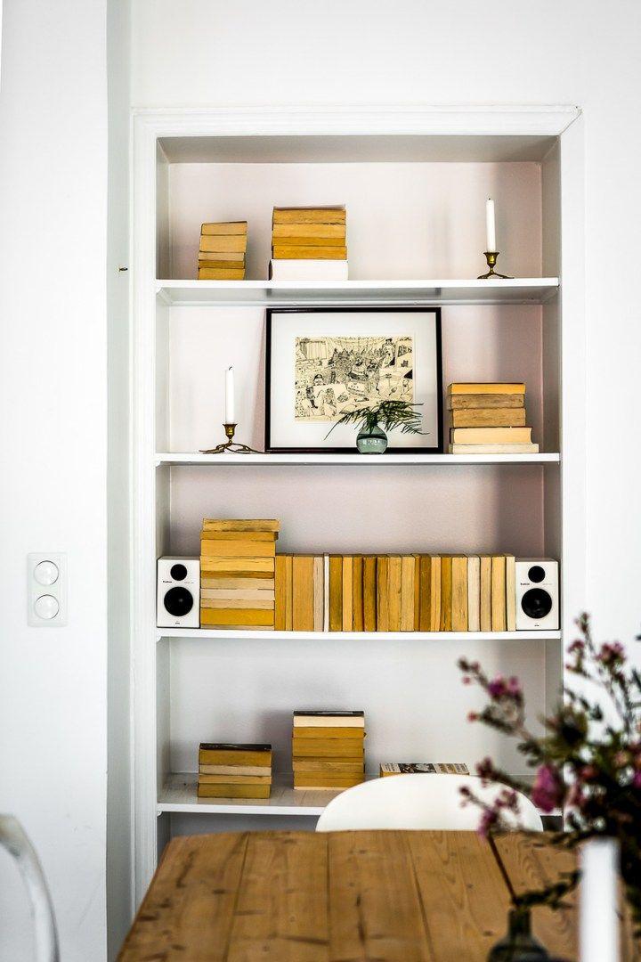 Post: Comedor con sillas desparejadas --> Ant de Arne Jacobsen, blog decoración nórdica, cocina abierta, Comedor con sillas desparejadas, decoración comedores, decoración eclética, estilo escandinavo, muebles de diseño, silla 7 de Arne Jacobsen, sillas de diseño, sillas Eames DSW