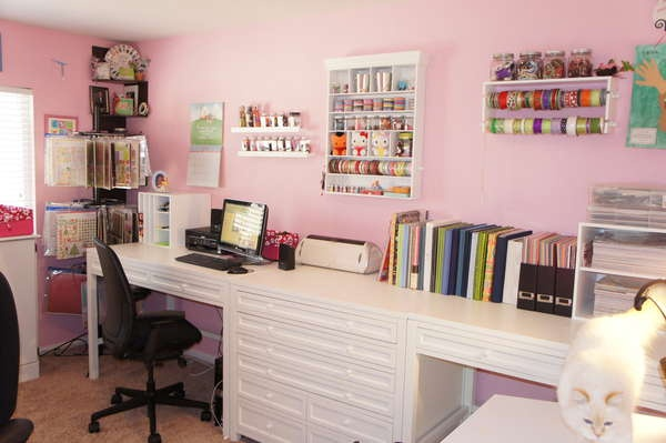 Love the computer area, cricut area and lots of counter space.