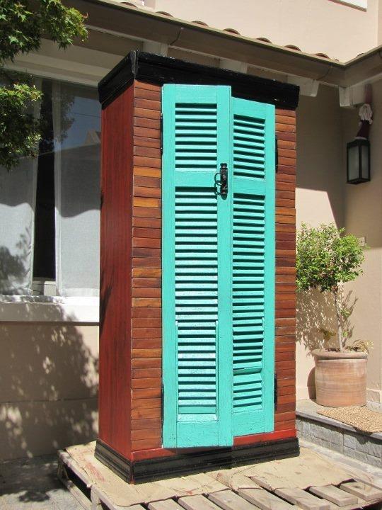 Ropero con madera 100% reciclado by WOODHEAD  www.facebook.com/WHMUEBLES