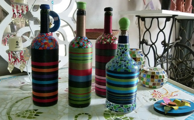 mosaic bottles: Art Party, Crafty Finds, Crafts Diy Projects, Wine Party, Feeling Crafty, Anytime Crafts, Mosaic Bottles, Bottle Art, Craft Ideas