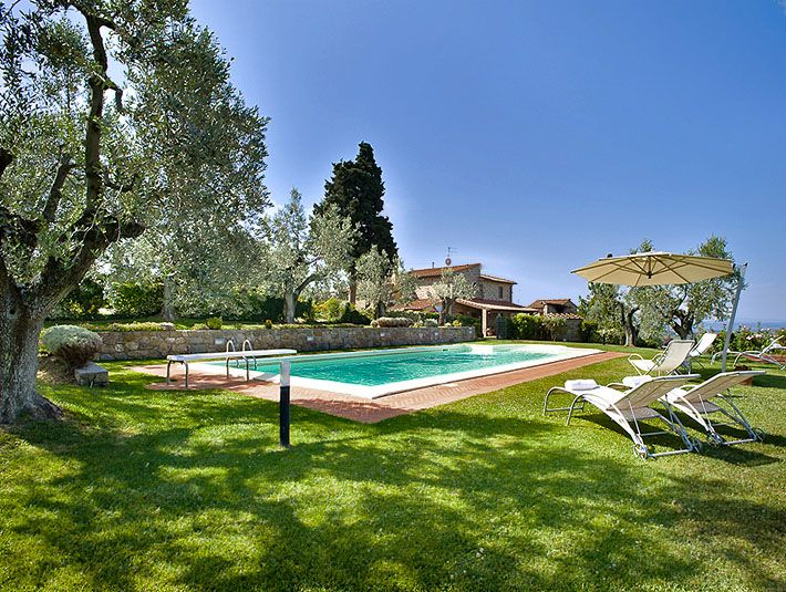 XXXX 5b/6b NW of Florence  $4100 2nd wk of april is available... Italy Villa Rentals - Villa Rental in Vinci, Tuscany - Villa Olivetta   Parker Villas   Not available sept oct
