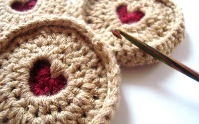According to Matt...: Jammy Dodger Pattern...If only my man could crochet! Definitely have to make this <3