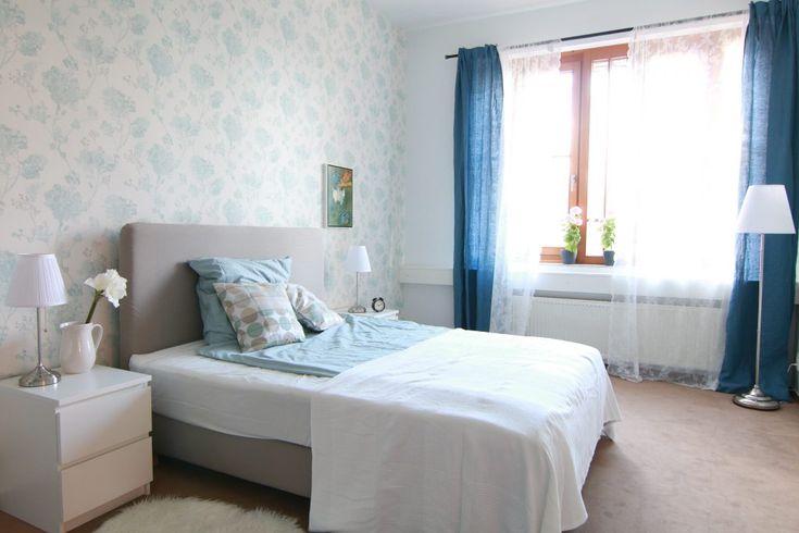 schlafzimmer-in-hellblau