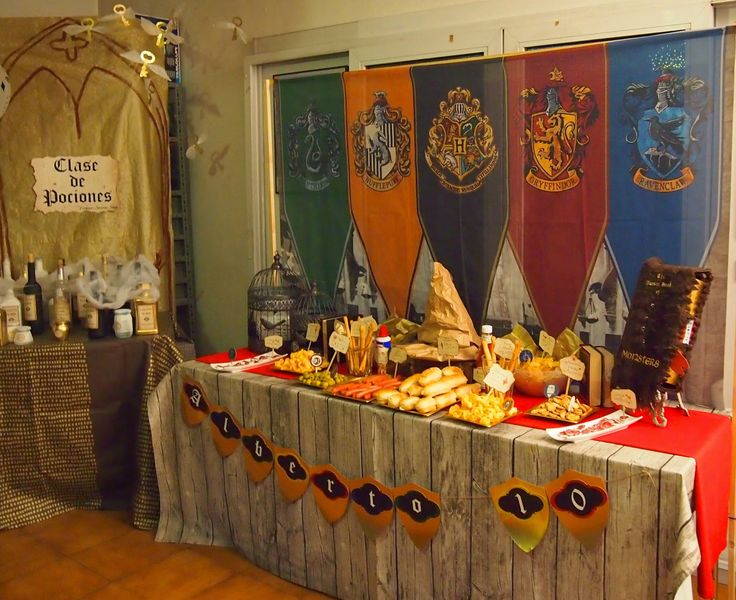 Gran Comedor Harry Potter Fiesta temática - Alicante Eventos Limited Edition                                                                                                                                                                                 Más
