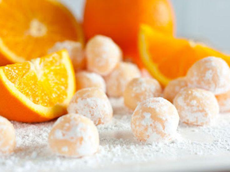 Τρουφάκια με λευκή σοκολάτα και πορτοκάλι