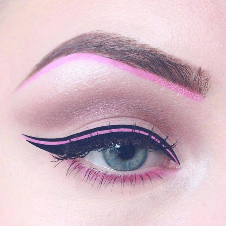 Machiaj de ochi realizat cu tus roz bombon si tus negru. #tusrozbonbon #tusdeochiroz #machiajcoloratsprancene