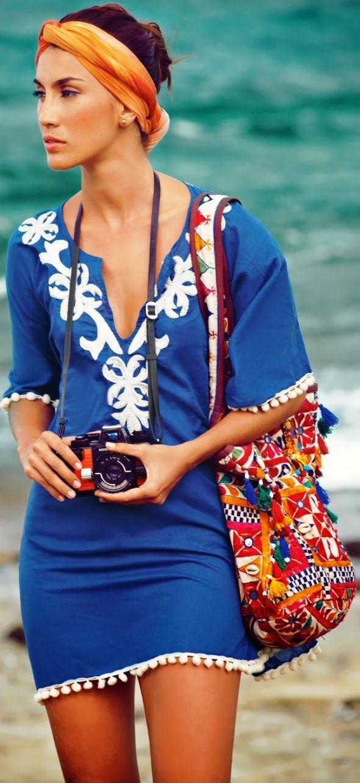 vestido túnica bordada - azul y blanco - profundo escote v - mangas largas