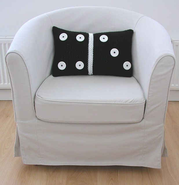 Domino Cushion Cover by Hand Knitted Things, via FlickrHands Knits, Cushions Inspiration, Decor Ideas, Domino Cushions, Cushion Covers, Cushions Covers, Knits Things, Crochet Pillows, Crochet Cushions